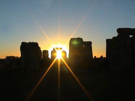 stonehenge-winter-solstice2.jpg